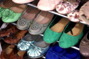 dress-codes-flat-shoes